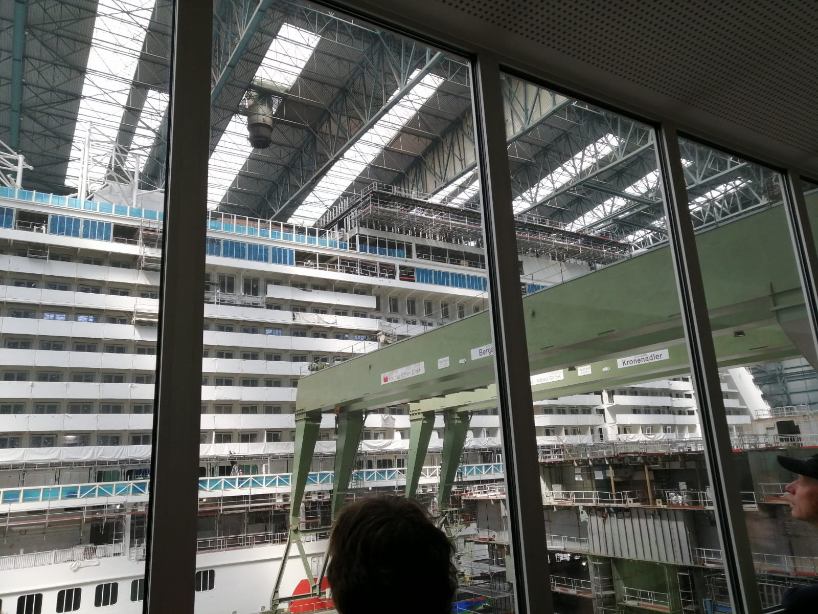 Meyer Werft in Papenburg - Blick in das Baudock/Halle